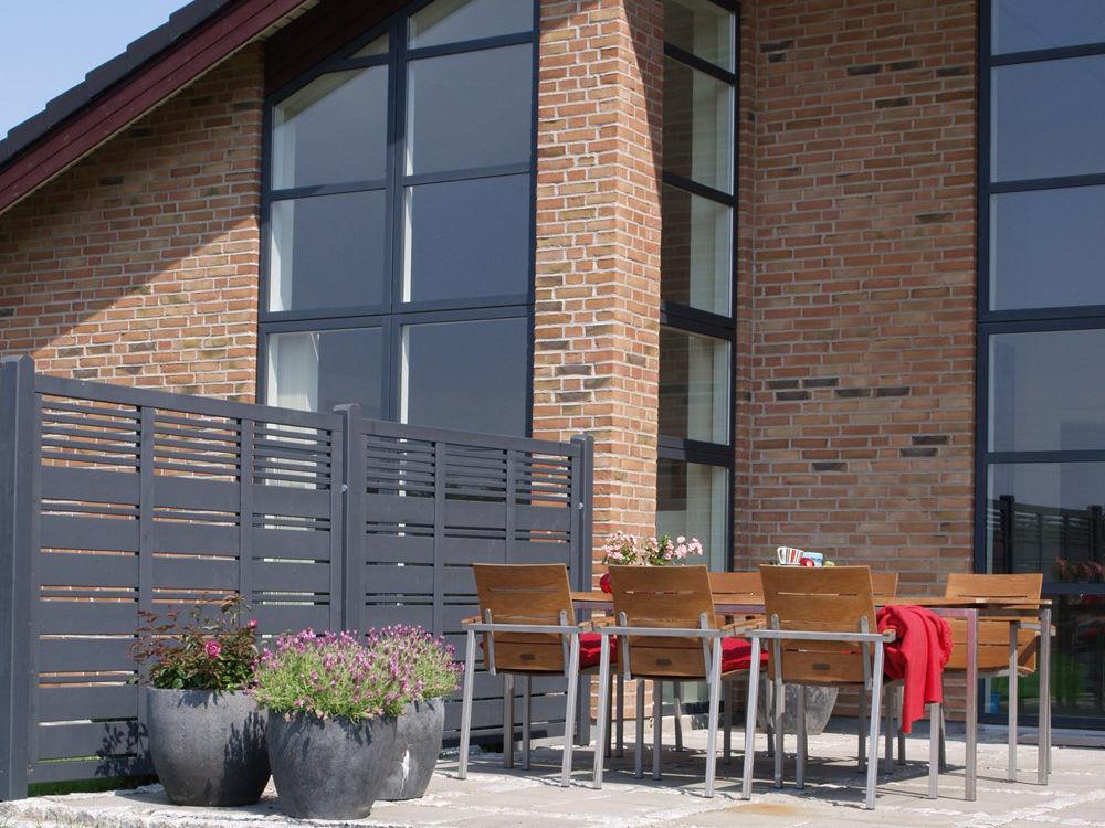 Plus Silence Sichtschutzelement anthrazit grundiert 176 x 170 cm Abgrenzungszaun