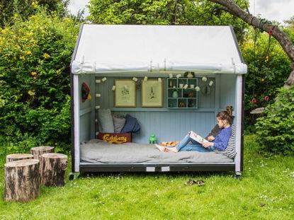 Plus Spielhaus Shelter auf Rädern 120 x 203 x 198cm