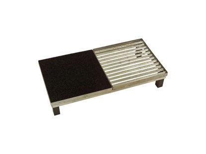 Plus Cubic Rost mit mittiger Matte und höhenverstellbarem Stahlrahmen 40 x 80 x 14,8 cm