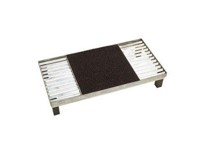 Plus Cubic Rost mit mittiger Matte und höhenverstellbarem Stahlrahmen 40 x 80 x 12,3 cm